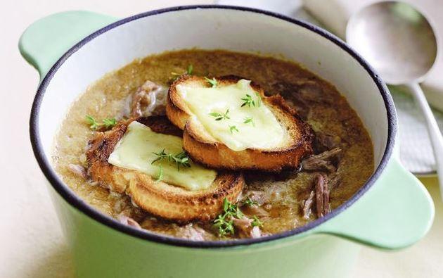 Sopa de cebolla con cordero